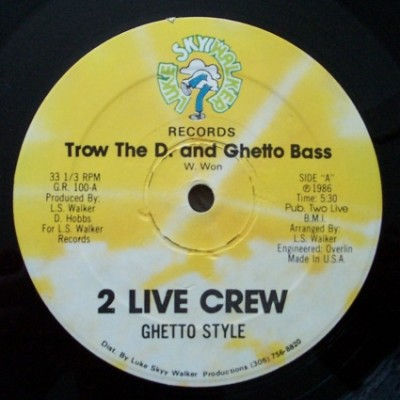 2 Live Crew – Trow The D. And Ghetto Bass (VLS) (1986) (320 kbps)