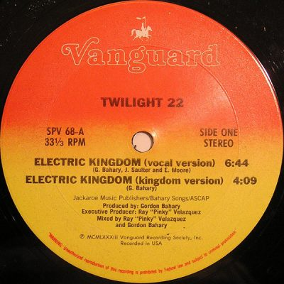 Twilight 22 – Electric Kingdom (VLS) (1983) (FLAC + 320 kbps)